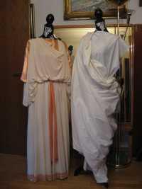 Antike - Historische Kleider und Kostüme